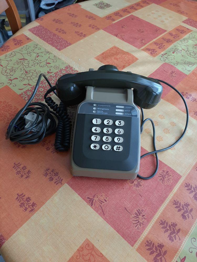 ANCIEN TELEPHONE FIXE  50 Puteaux (92)