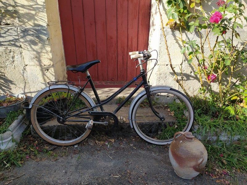 Ancien Vélo Enfant Vintage 1960  80 Loches (37)