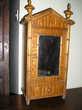 Ancienne armoire de poupée