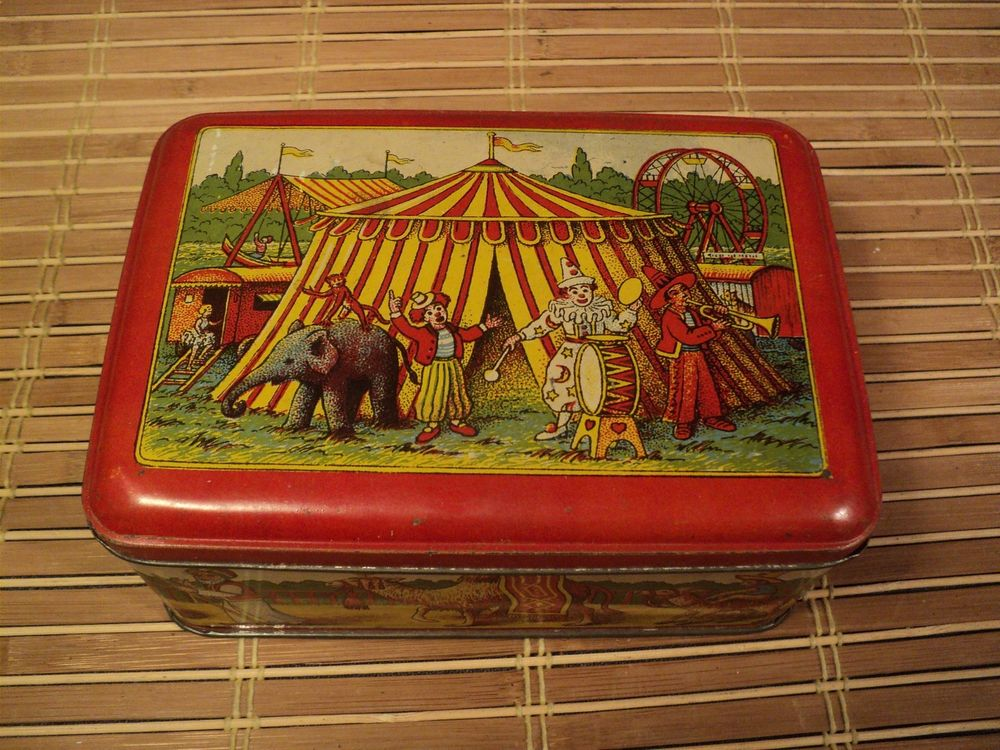 Ancienne Boite Publicitaire Biscuits Damoiseau Thème Cirque. 30 Loches (37)