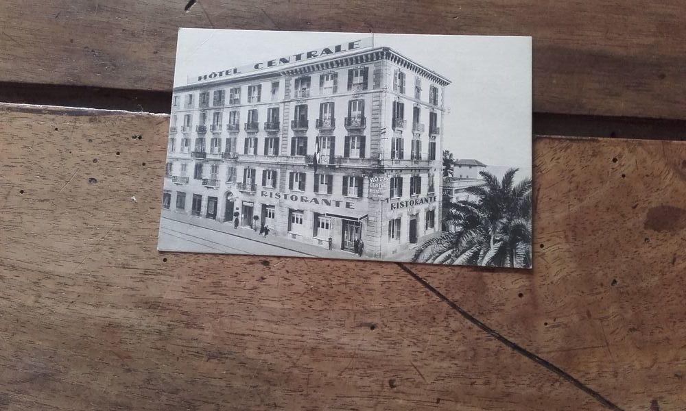 Ancienne carte postale de San REMO  2 Saint-Martin-de-la-Brasque (84)