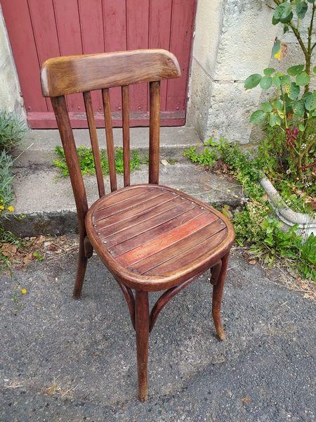 Ancienne Chaise de Bistrot Bois Courbé Style Thonet  15 Loches (37)