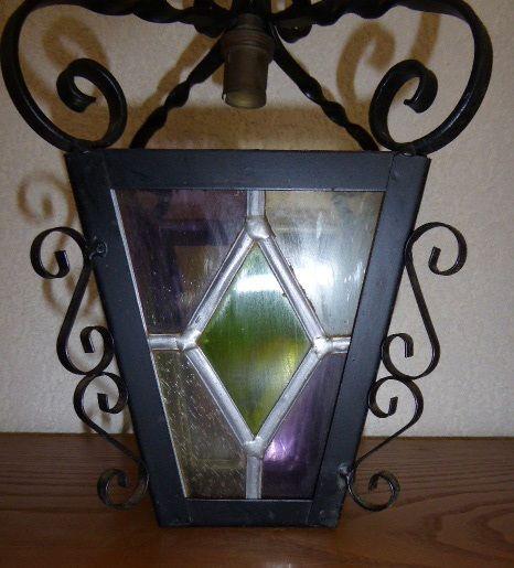 ancienne lanterne en vitrail 35 Mandres-les-Roses (94)