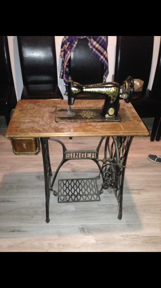Ancienne machine à coudre SINGER 290 Maulde (59)