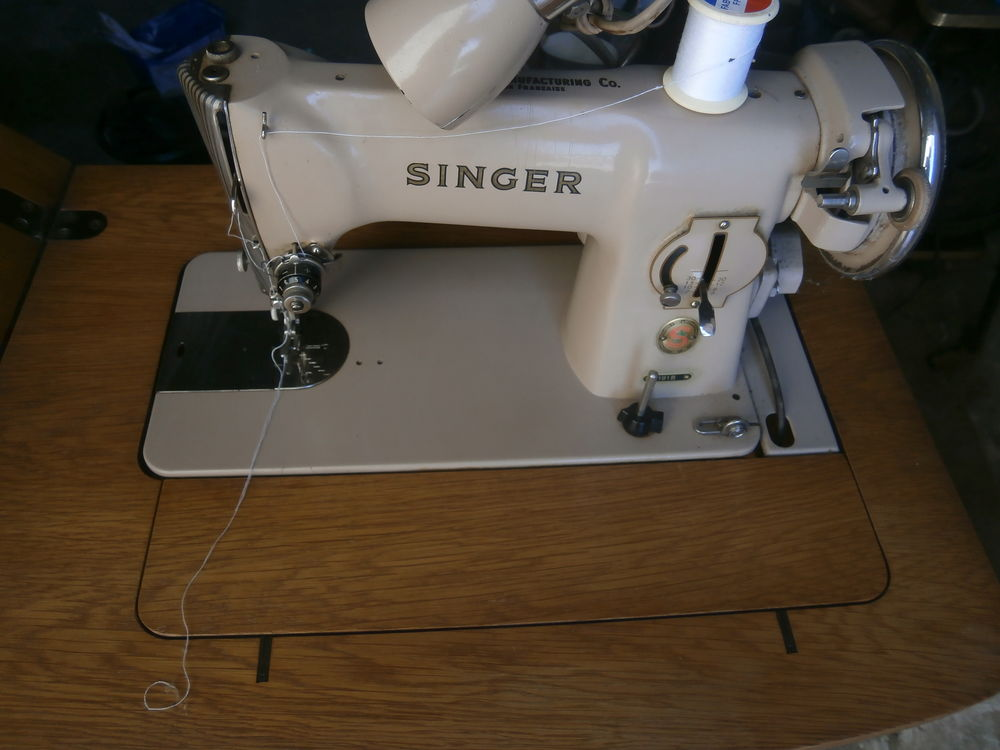 ANCIENNE MACHINE A COUDRE 200 Leval (59)