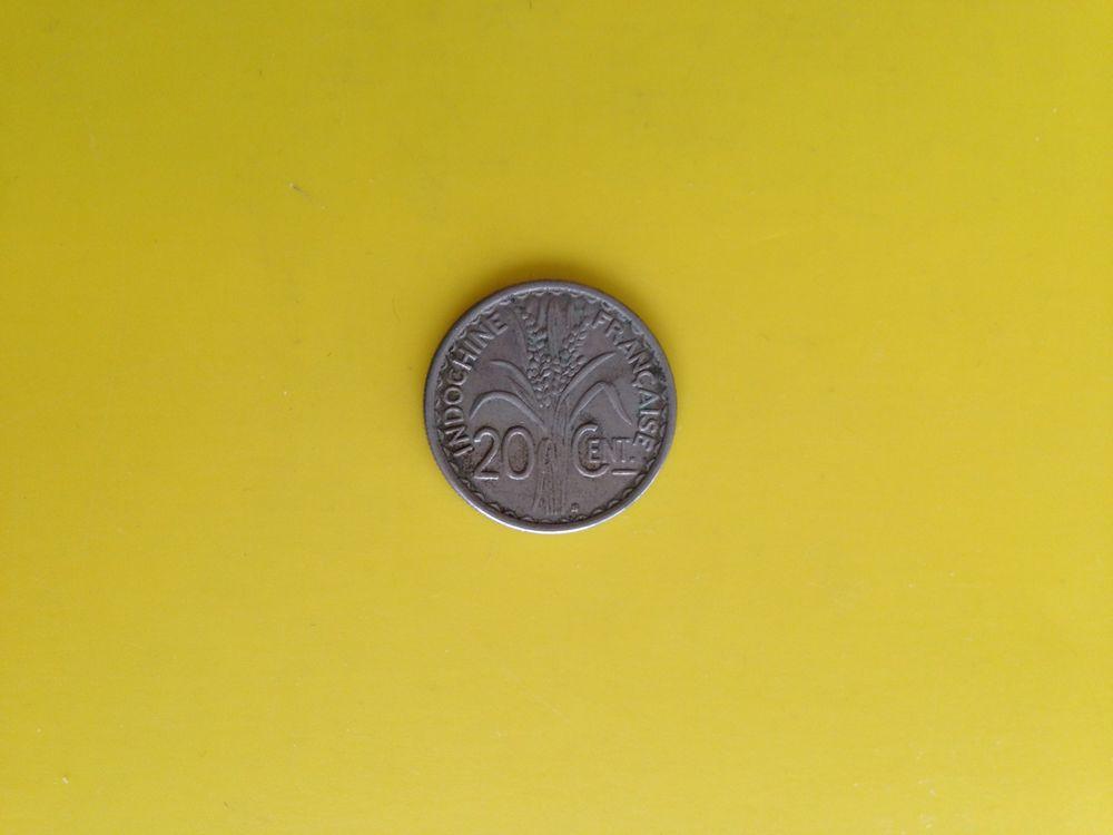 1 ancienne pièce de monnaie de l'indochine Francaise.. 7 Saint-Vallier (71)