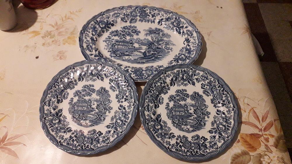 Ancienne porcelaine TONQUIN BY MYOTT. 20 Flers-en-Escrebieux (59)