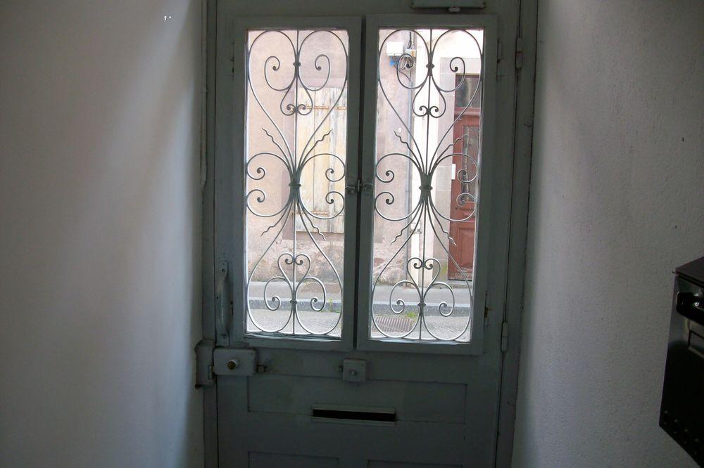 ancienne porte d entrée  250 Remiremont (88)