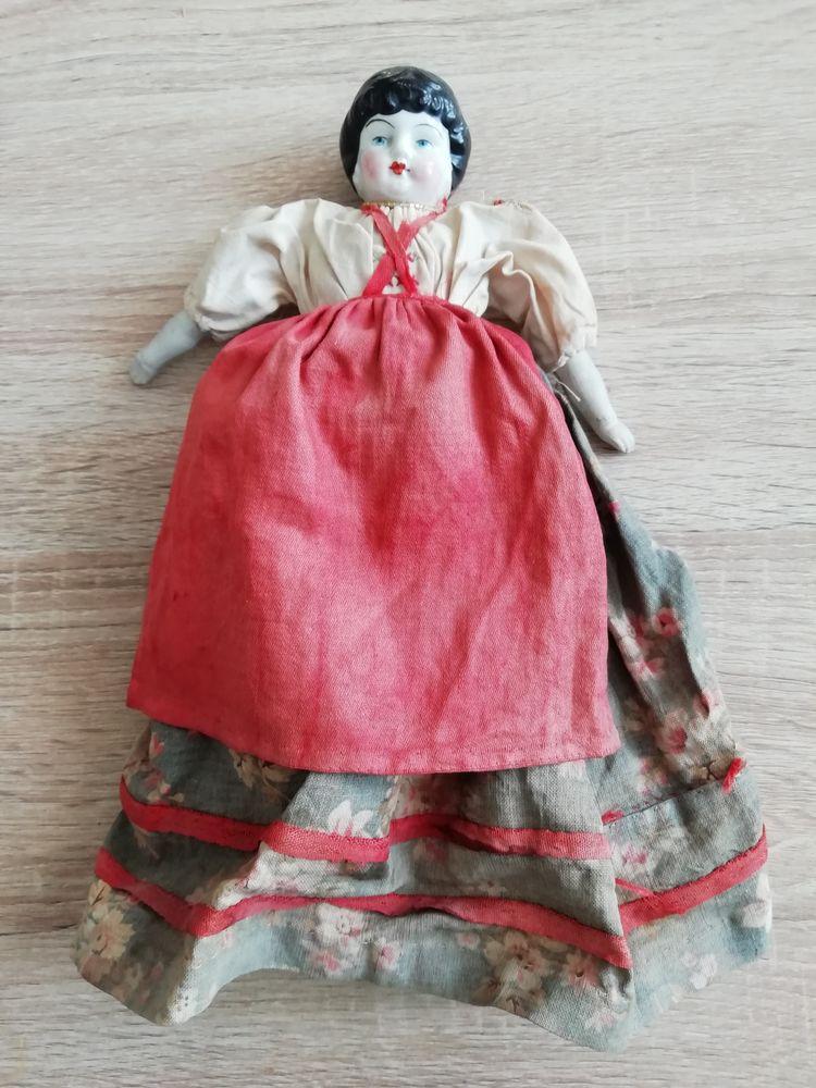 Ancienne poupée tête buste   247 Antony (92)