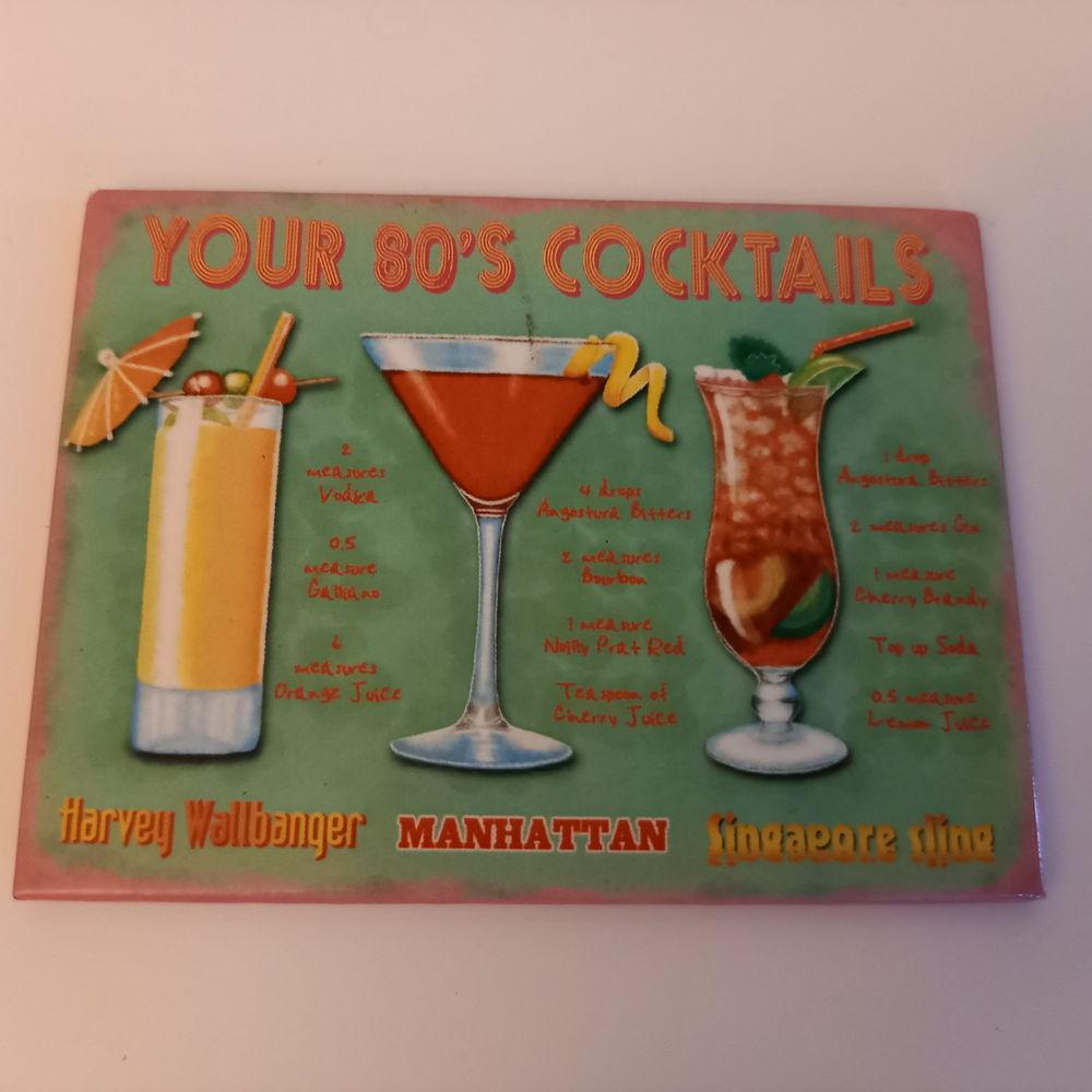 Ancienne publicité de cocktails sur magnet                   5 Saumur (49)