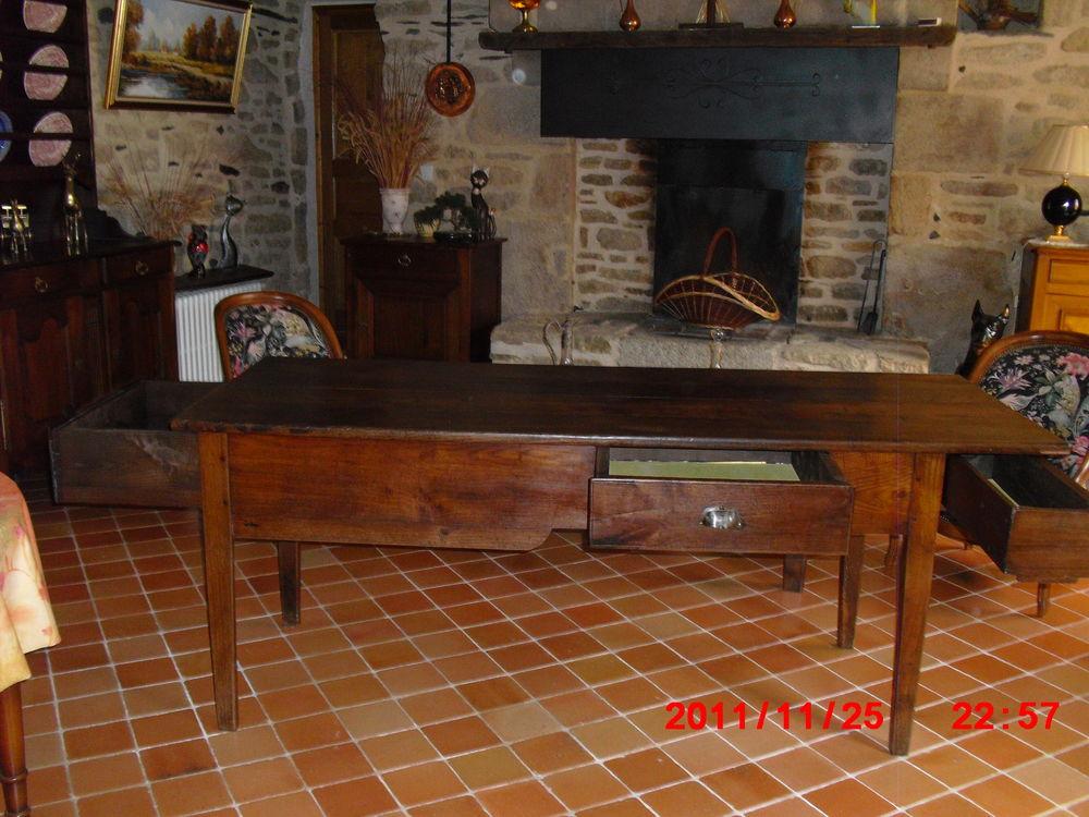 Achetez ancienne table de occasion annonce vente for Table ancienne de ferme
