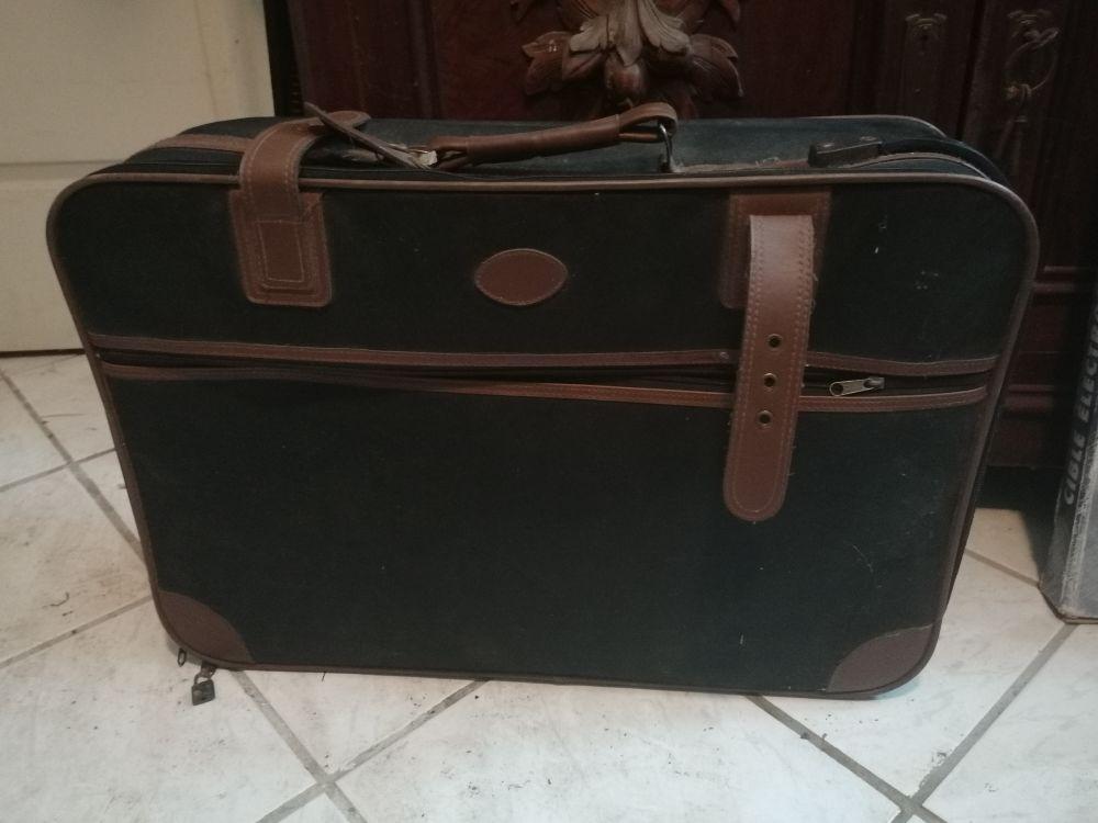 Ancienne valise de voyage 15 Reichstett (67)