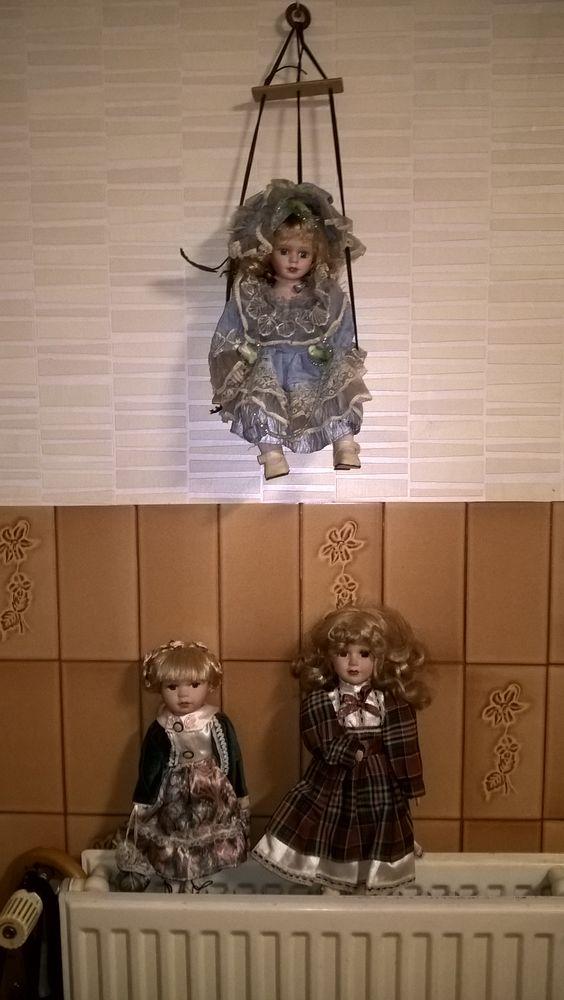 Anciennes poupées de porcelaine. 15 Flers-en-Escrebieux (59)