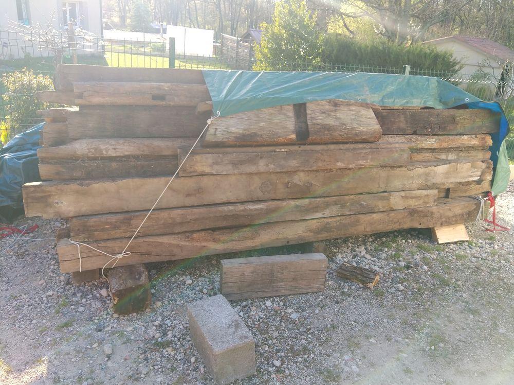 Anciennes poutres en chêne 800 La Sauve (33)