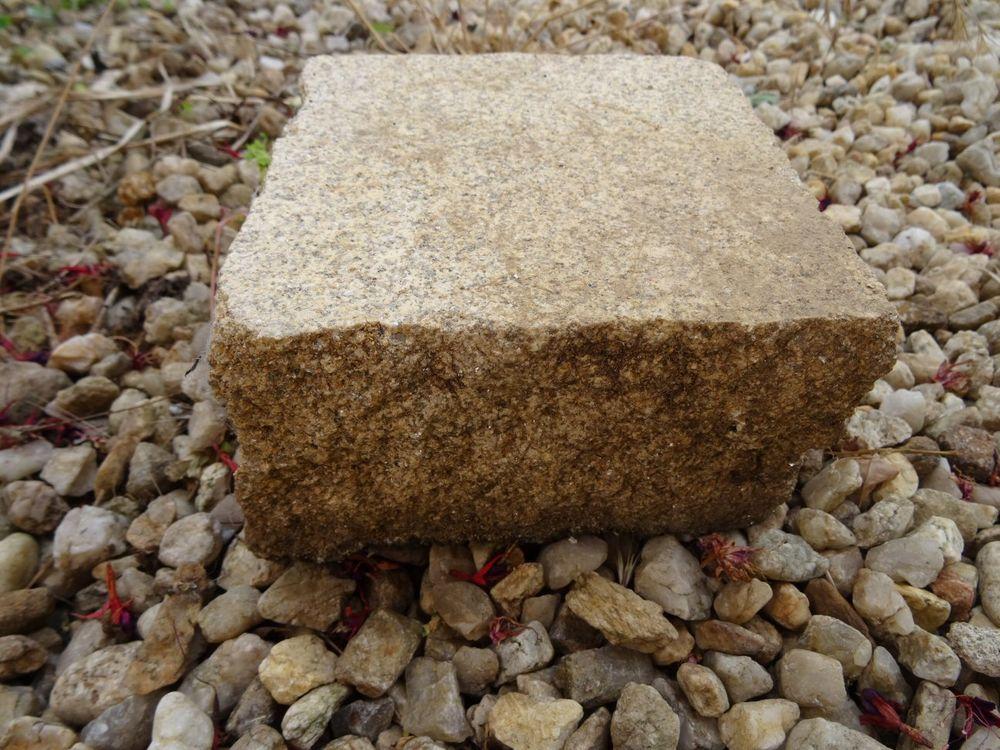 Anciens pavés granit bouchardés dallage 150 Saint-Géréon (44)