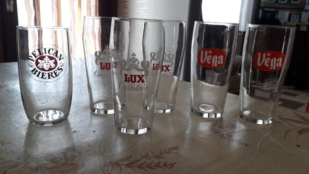 Anciens verres à bière 25 cl. 12 Flers-en-Escrebieux (59)