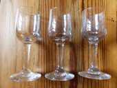 3 anciens verres à goutte en verre soufflé épais 12 Strasbourg (67)