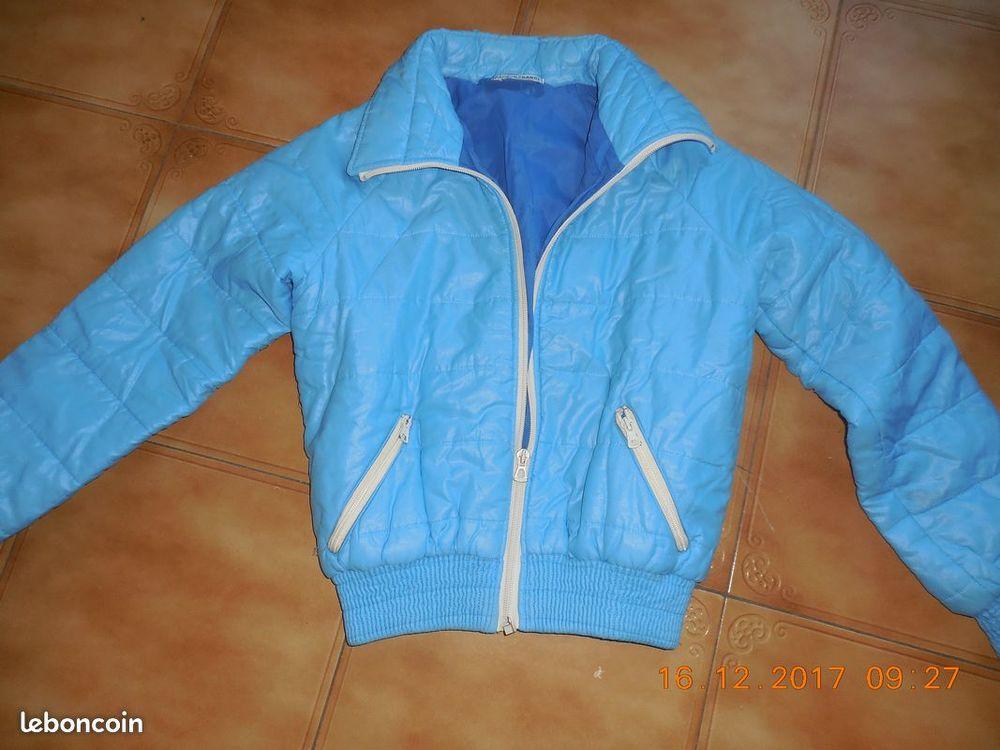 anorack bleu t 38 8 Sète (34)