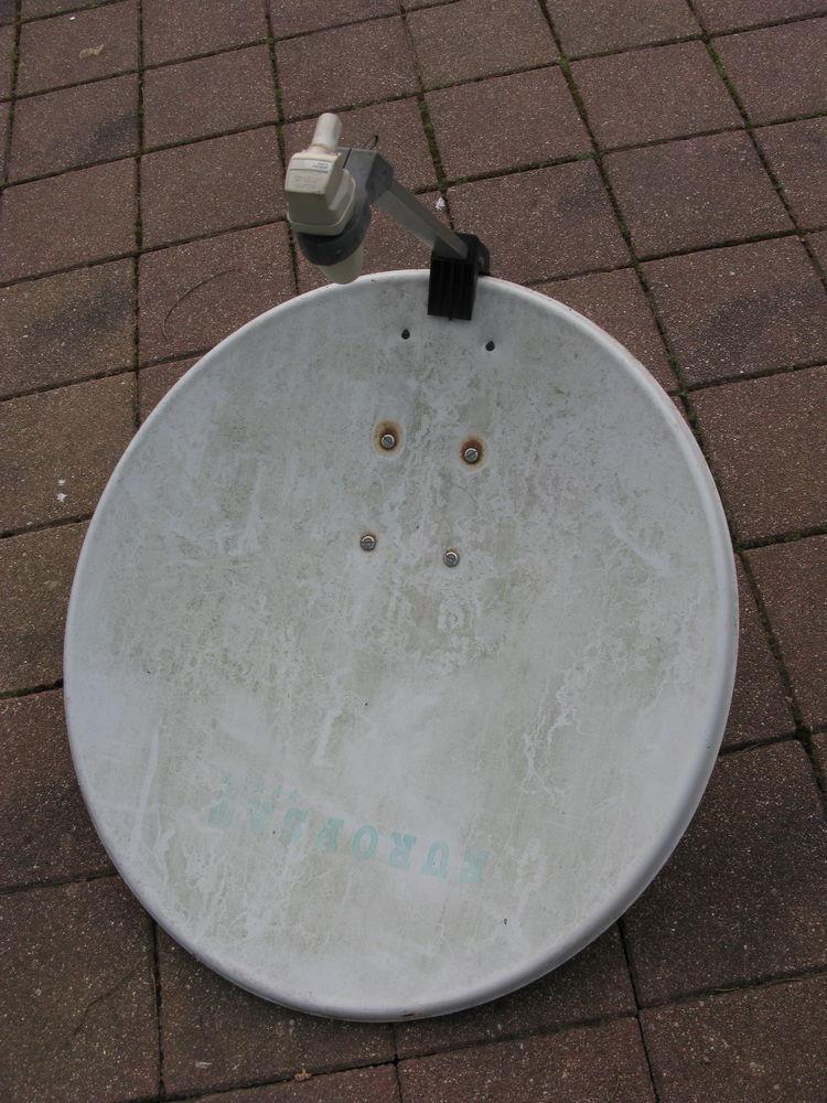 antenne parabolique 15 Étaples (62)