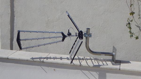 Achetez antenne tnt quasi neuf annonce vente le pontet 84 wb149788101 - Orienter antenne tnt avec boussole ...