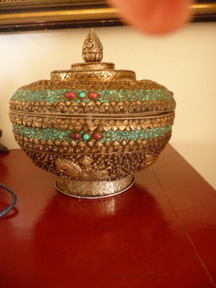 antique boite Tibet - bois massif - symboles bouddhistes 1200 Corte (20)