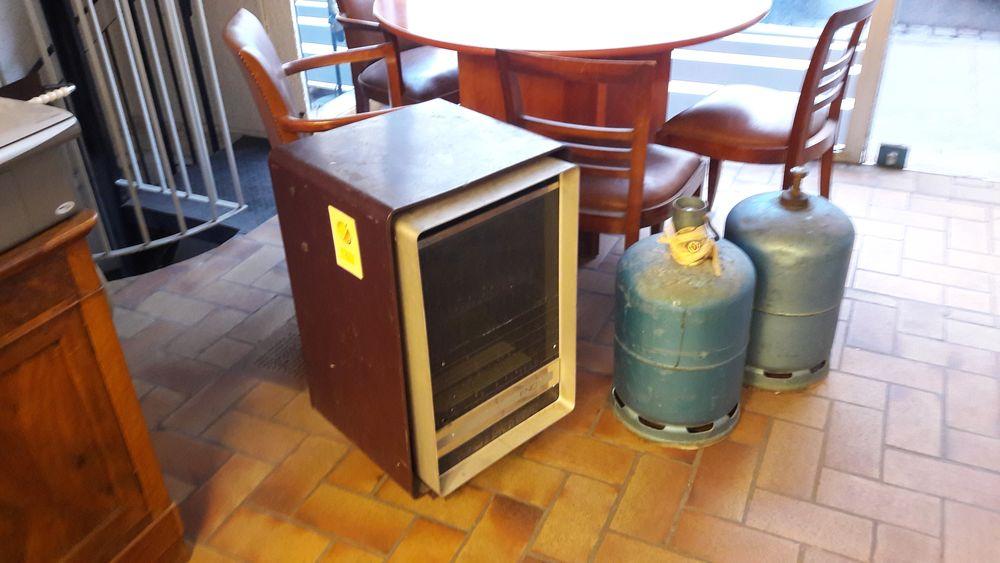 chauffage gaz individuel petit chauffage gaz portable chauffage individuel gaz prix with. Black Bedroom Furniture Sets. Home Design Ideas