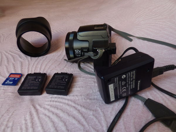 appareil photo bridge lumix fz20 85 Poissy (78)