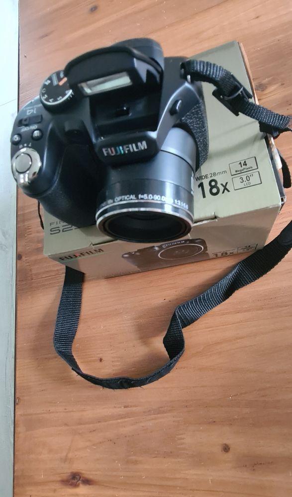 appareil photo Bridge 90 Vannes (56)