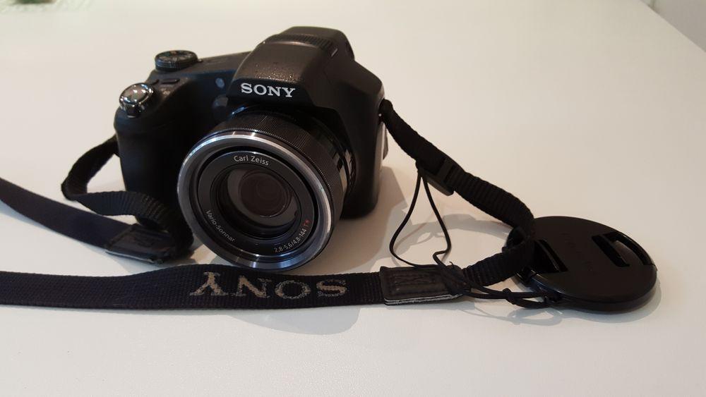 Appareil photo numérique bridge Sony HX100V avec accessoires 250 Cestas (33)