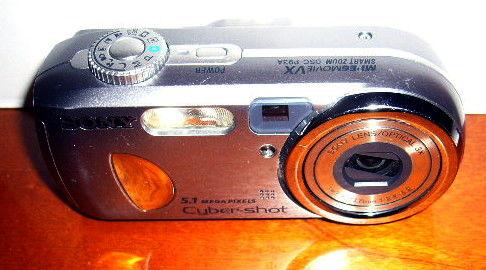 appareil photo num. Sony DSC-P93A à réparer Photos/Video/TV