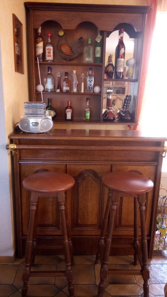 Bar appartement  150 Courpière (63)