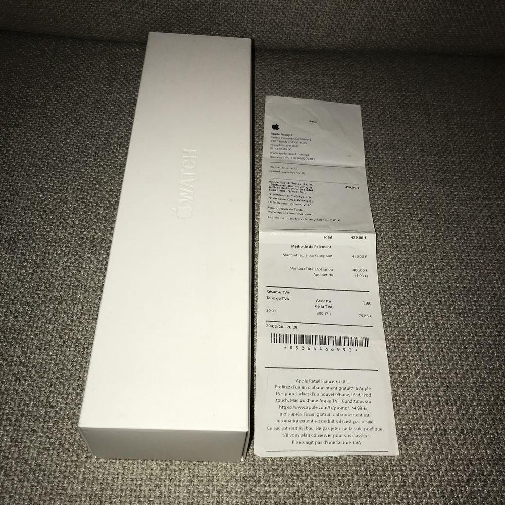 Apple Watch série 5 GPS 44mm facture garantie  350 Bondy (93)