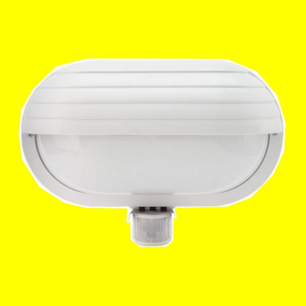 Applique murale LED avec capteur PIR EE69-60w-220v/ac  20 Saint-Pôtan (22)