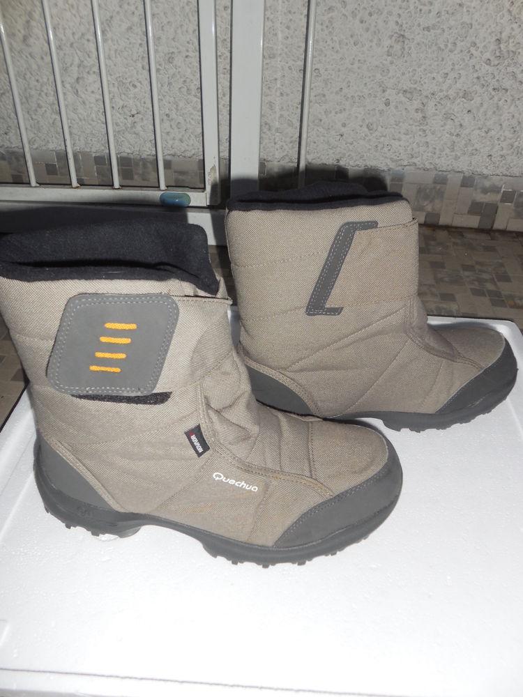apres-ski  quechua  , beige   foncé : 33  12 Pontault-Combault (77)