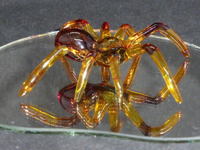 Araignée en verre sur support miroir 15 Rueil-Malmaison (92)