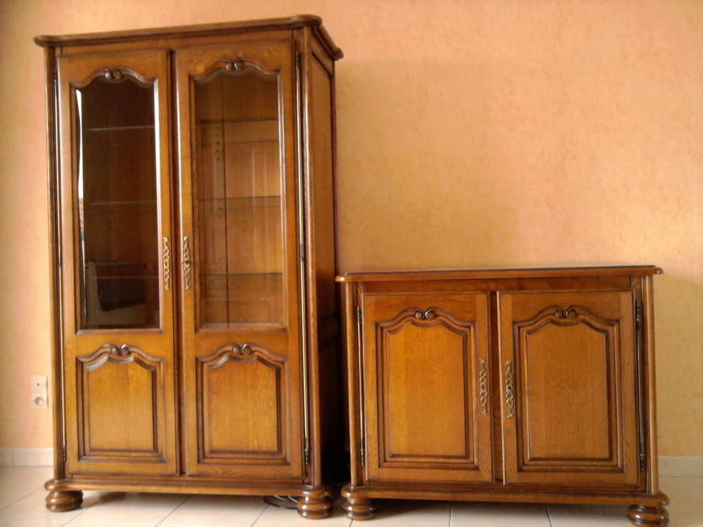 Argentier ou Vaisselier et meuble télé. Meubles