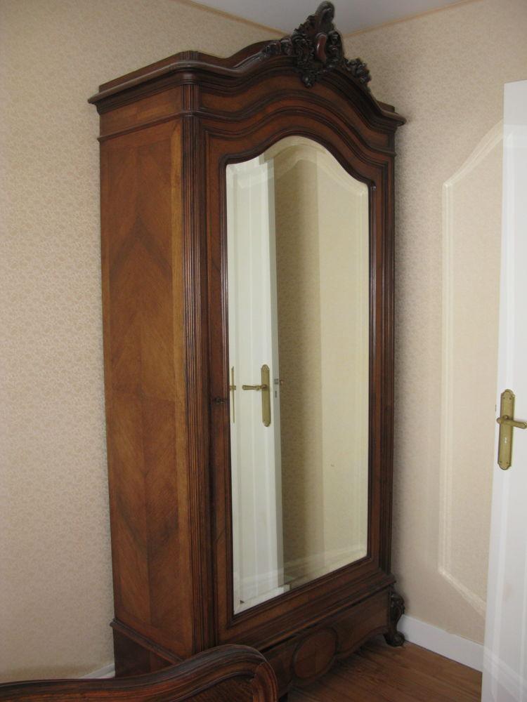 armoire ancienne bois placage d'acajou 250 Étaples (62)