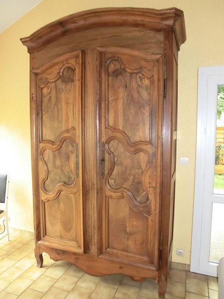 armoires anciennes occasion dans la dr me 26 annonces. Black Bedroom Furniture Sets. Home Design Ideas