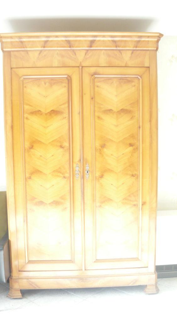 armoire ancienne  500 Châtillon-en-Vendelais (35)