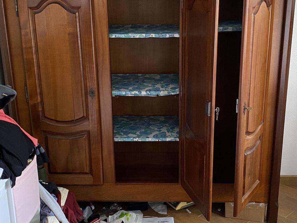 armoire ancienne  250 Saint-Étienne-du-Rouvray (76)