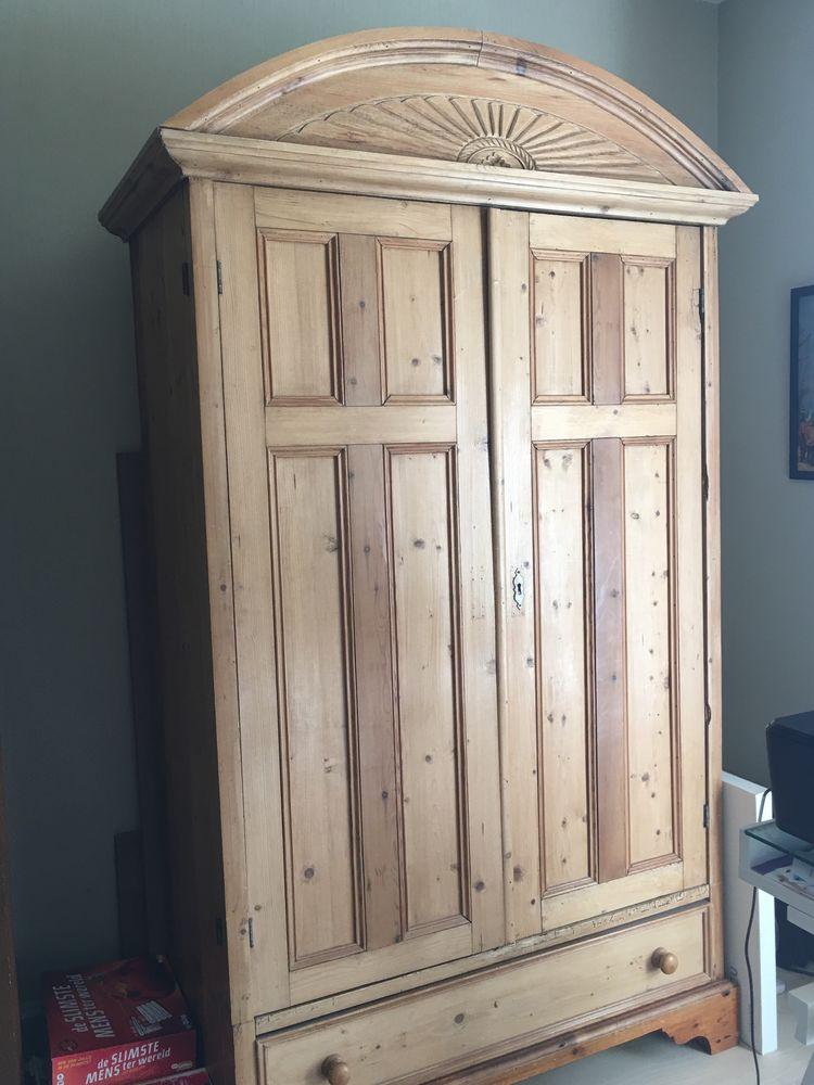 Armoire antique en bois claire 400 Aigremont (78)