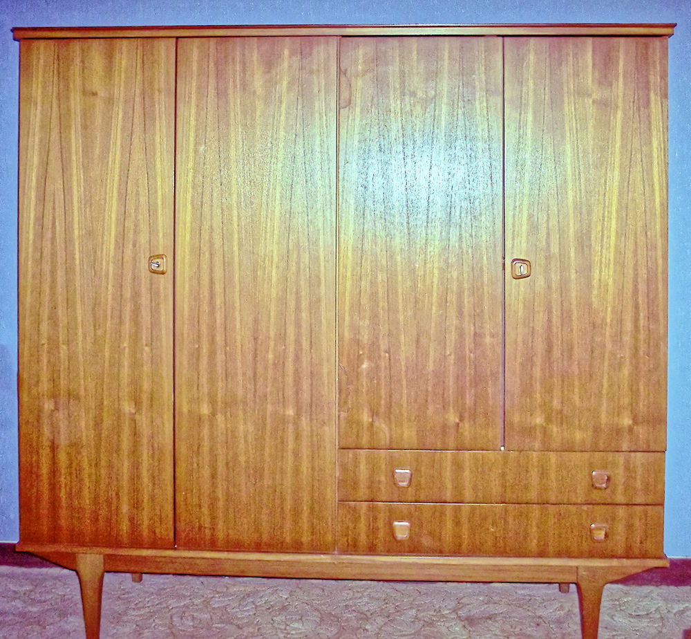 Armoire de chambre 4 portes 2 tiroirs 170 Le Bugue (24)
