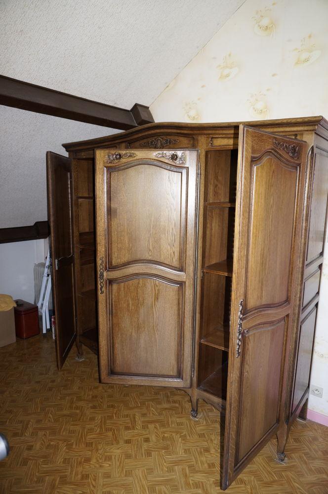 Armoire  en chêne 3 portes de chambre à coucher GOURNAY 0 Vitry-le-François (51)