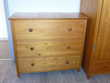 armoire et commode marque moulin roty Meubles