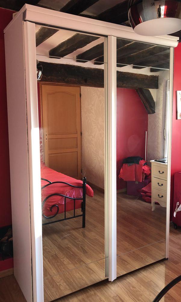 armoire coulissante avec miroir  280 Essômes-sur-Marne (02)