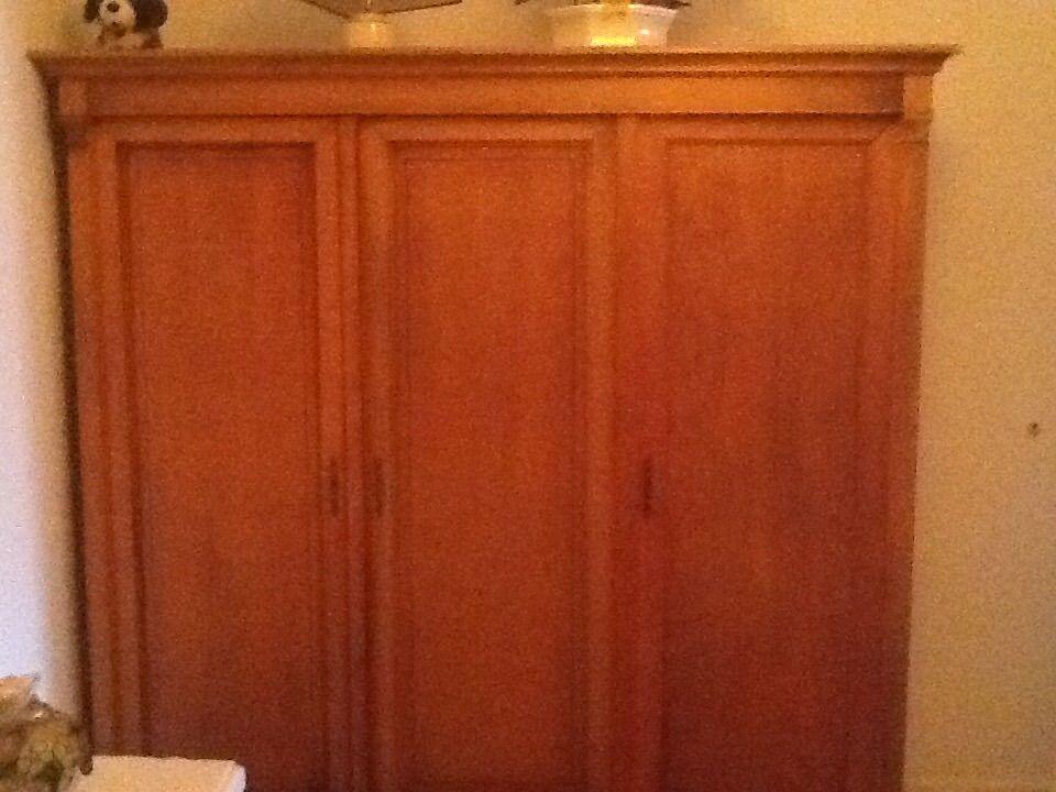 armoires en merisier occasion dans les landes 40 annonces achat et vente de armoires en. Black Bedroom Furniture Sets. Home Design Ideas