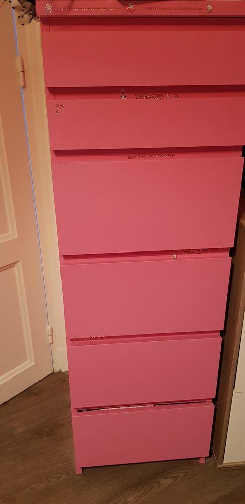 Armoire Ikea peinte en rose. 80 Paris 12 (75)
