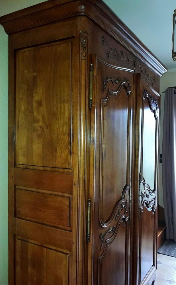 armoire  louis xv merisier blond français massif 0 Aubergenville (78)