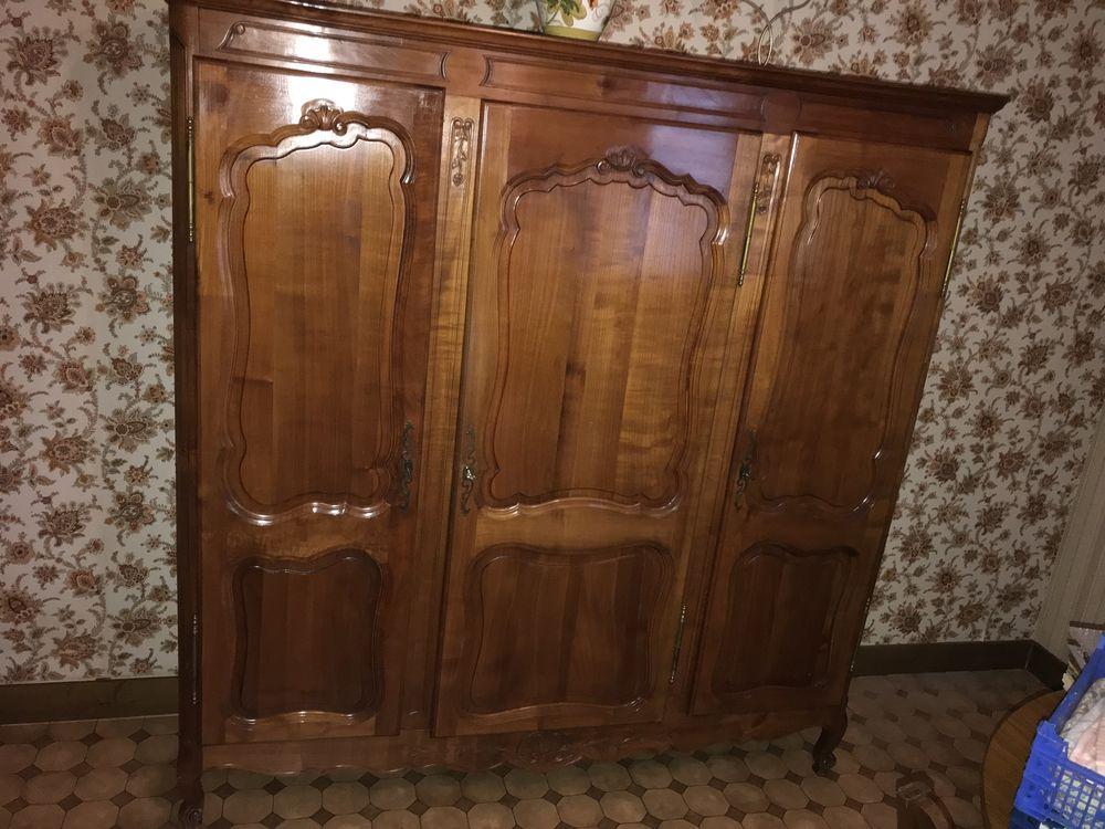 Armoire en merisier 3 portes, 1 glace et 1 tiroir 800 Romorantin-Lanthenay (41)
