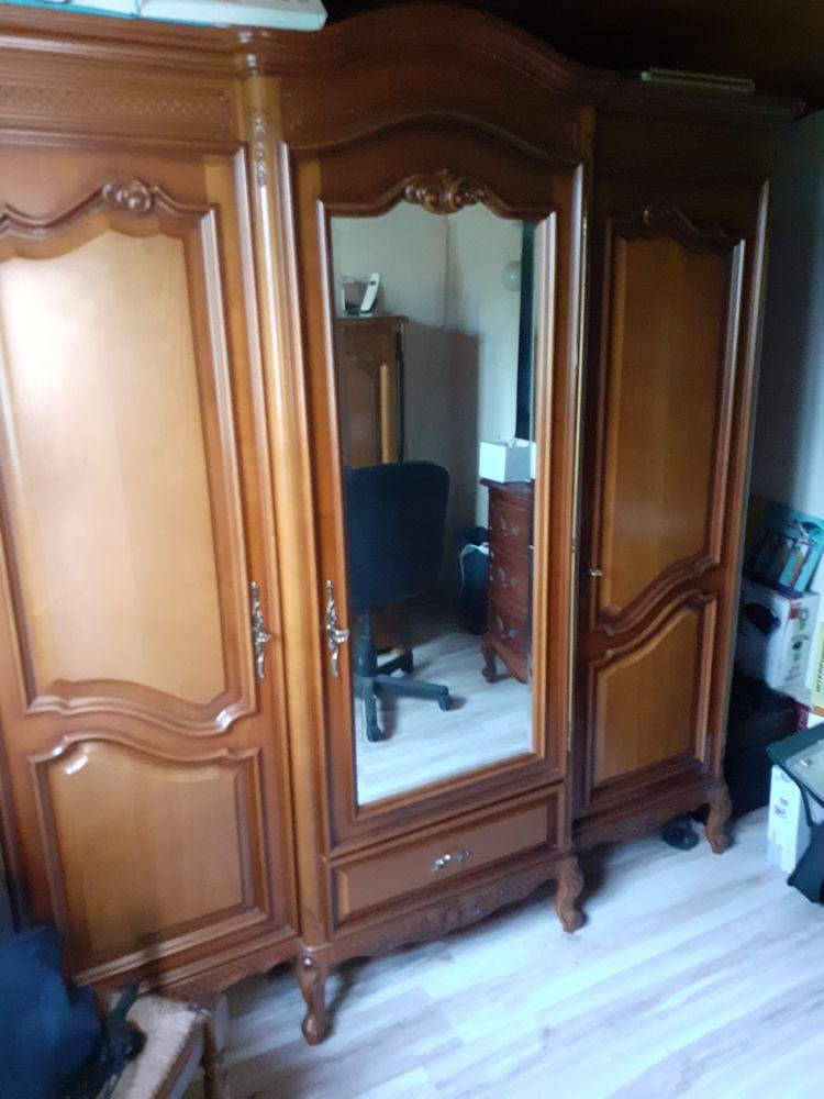 armoire merisier 150 Noaillan (33)